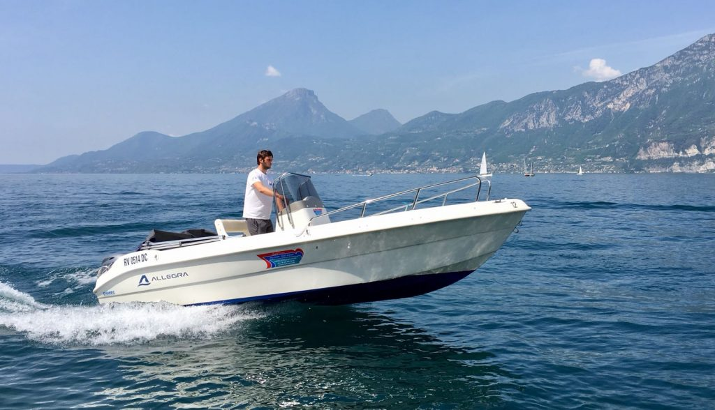Allegra 5.60 - Boat rental in Brenzone on Lake Garda - Boat Rent - Full
