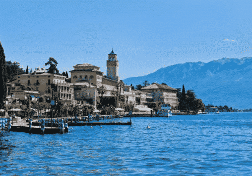 Gardone Riviera - Location on Lake Garda