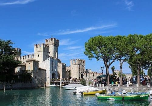 Sirmione - Location on Lake Garda